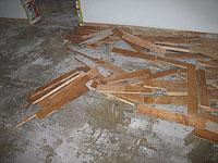 Untergrundvorbereitung: Holzbelag entfernen